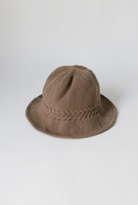 Twist knit bucket hat