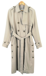 Side point trench coat