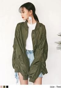 [OUTER] SHIRRING SLEEVE BOMBER JUMPER