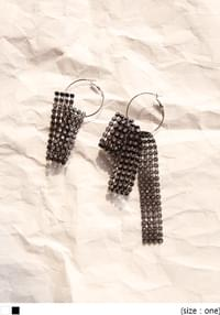 [JEWELRY] UNBALANCE CUBIC EARRING
