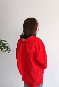 Oversize red collar shirt