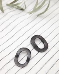 big oval wooden earring (2 colors)