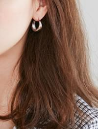 Road silver earring_M (size : one)