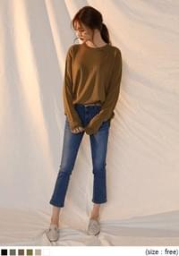 [TOP] DEEP COLOR ROUND NECK KNIT