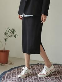 banding slit knit skirt