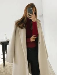 Simple single wool coat