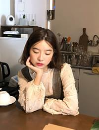 Rosy puff blouse_M (size : free)[22일 입고 후 순차적배송]