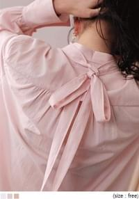[TOP] RIBBON TIE POINT BLOUSE