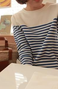 Planning Specials / Nabal stripe knit