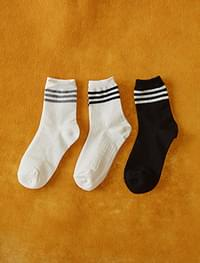 3 stripe socks