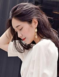 Gorgeous leaf earring_H (size : one)