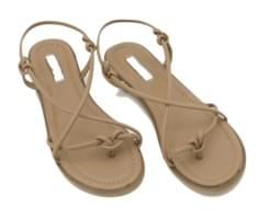 Knot through strap sandals