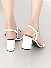 Gallon strap sandals 7cm
