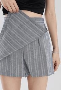 One-thing Herringbone Skirt Pants
