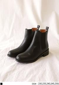 SLIM LINE BANDING CHELSEA BOOTS