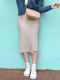 Wool H line cream knit skirt
