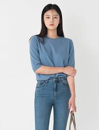 Basic fit round neck wool short sleeve knit
