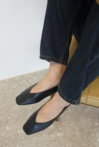 Smooth leather flat shoes