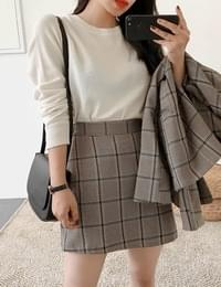 Single click check mini skirt