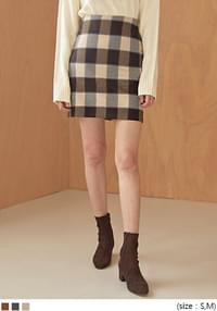 BOLD NAPPING CHECK MINI SKIRT