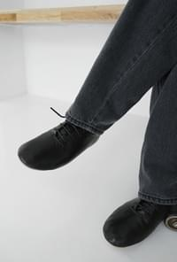 Flexible oxford loafer