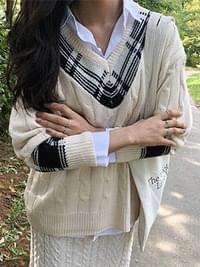 Check Twisted Latte V Neck Knit