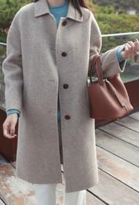 It is different from material !! Wool 90% Cashmere 10% Handmade coat
