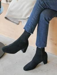 Crown ankle boots_K (size : 225,230,235,240,245,250)