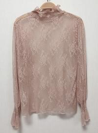 Flower layered lace bl