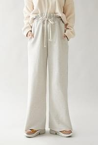 By Wide Pants