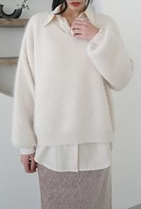 Angora v-neck loose knit