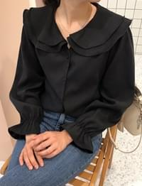 Wing frill collar blouse_H
