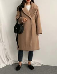 Le Bouchard Long coat