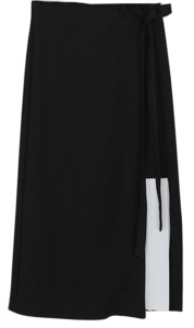 spring unbalance pleats detail skirt