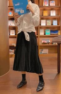 Elegant Shatin Pleated Skirt
