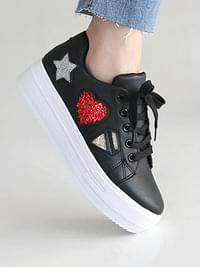Busty Tongue Sneakers 4.5cm