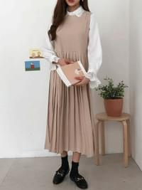 Pleated Moore Long Dress