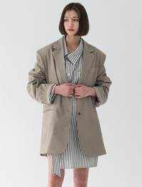 over-fit simple jacket