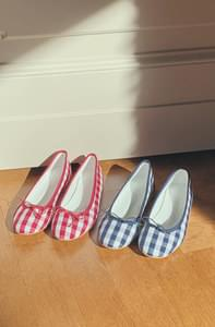 Hepburn-gingham check flat shoes