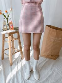 Lovely Pearl Check Skirt