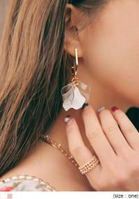 MONTE FLORAL LEAF DROP EARRING