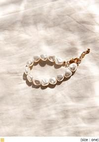 CUSTOM PEARL POINT BRACELET