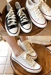 Daily Converse Shoes