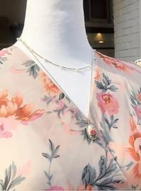 Pearl watercolor flower necklace