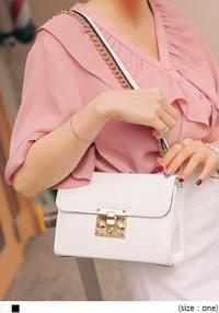 DELLO GOLD CHAIN LEATHER BAG