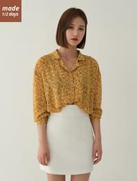 Open color flower blouse