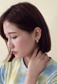 Mezbed 3SET earrings