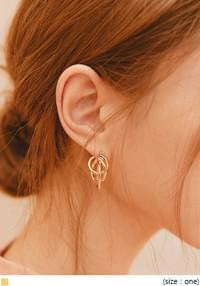 TED THREE GOLD RING EARRING