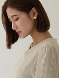 point color classy earring