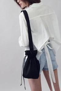 Cheek Shoulder Bag